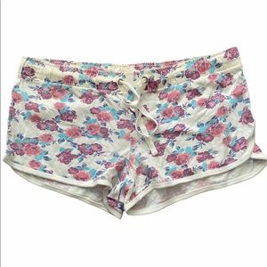Atmosphere Cream Floral Soft Shorts